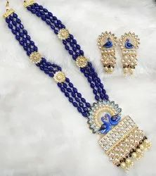 Kundan Moti Necklace Set