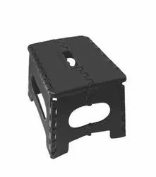 Black Plastic Folding Table, Weight: 1200 Grams