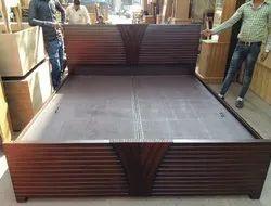 Modern Hotel Luxury Wooden Double Bed, Size: 6 X 7 Feet