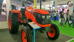 Kubota Tractor 5501 (55HP)