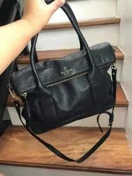Black Leathers hand bag, For Casual Wear, Gender: Women