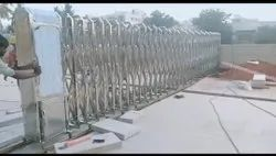 Automatic Silver Retractable Sliding Gate, For Commercial
