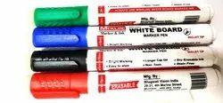 用毛巾纸擦除白板墨水白板记号笔