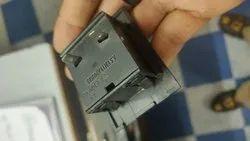 5 Amp Black Plastic Moulding Press Fit Sockets, 230 Vac