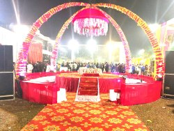 Jaymala theme for wedding, Uttar Pradesh