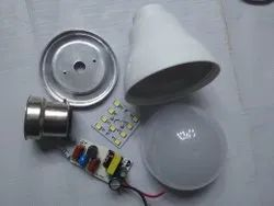 Cool Daylight Ceramic 7 W Philips Type LED Bulb Raw Material, For Home, LED Bulb Quality: HPF