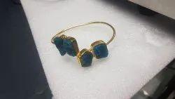 Quartz stone bangle