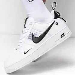 option avaible lace up Nike Shoes, Model Name/Number: DB3790-010, Side