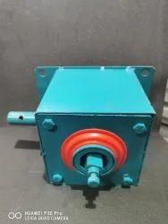 Rolling shutter Gear Box locking Handle