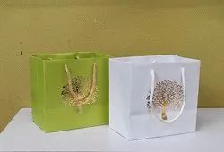 Standard Paper Small Size Gift Bags, Capacity: 500gm