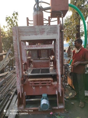 Fly Ash Brick Press Machine