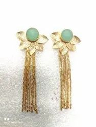 Leaf gold plated earring