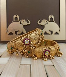 528 High Gold Fancy Bangles