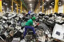 E-scrap. Golden Electronic Scrap