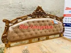 Stylish Bed, With Box, Size: 6.5x6