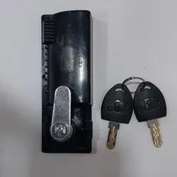 Handale with cam locks