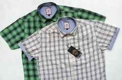 Collar Neck Checks Men's Half Sleeves Shirt, Size: S To Xl