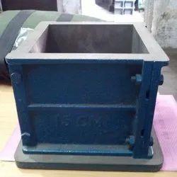 Cast Iron Cube Mould
