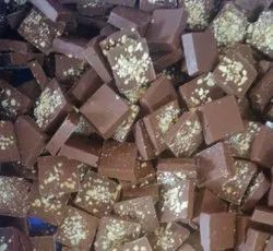 Brown Milk chocolate squre with almond powder, Number Of Pieces: 85 To 90