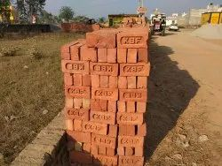 Red Bricks, Size: 9 .4 .3 Inch