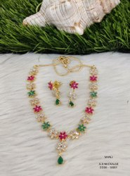 Ad Stone Necklace Set