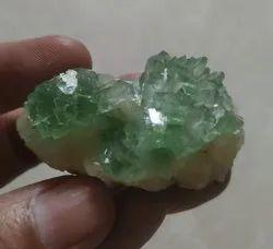 Green Apolhylites