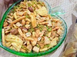 Meerut Mixture Mota Mixture, Packaging Size: 250gm, 350 Gm 500 Gm