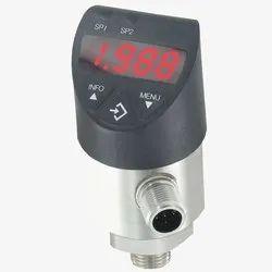 Dwyer DPT-V03 Digital Pressure Transmitter With Switch
