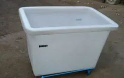 Linen Carrier Crate With Wheel