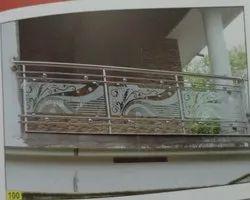 Silver Balcony Designer Stainless Steel Glass Railing, For Home, Material Grade: 304