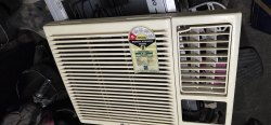 Very Good Used Air Conditioner, For Ahaas Electronincs, Capacity: 1.5 ton