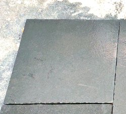 Hand Cut Calibrated Block Stone 4 Feets, Size: 60 X 60 Cm