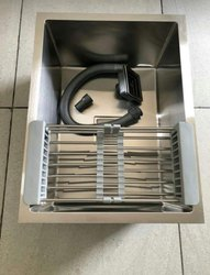 Single Matt finish Handmade Kitchen Sink, Size: 24*18*10