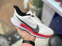 Men Nike Zoomx Turbo