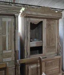 Contemporary Wooden Almirah