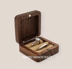 Waris Handicraft Small Sheesham Wood Ring, Jewellery Storage Box, Size 7x7x3.4cm