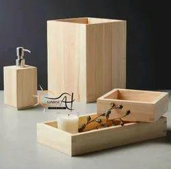 Polished Natural Wooden Bath Set, For Bathroom, Size: Adjustable