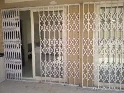 White Mild Steel Collapsible gate, For Home