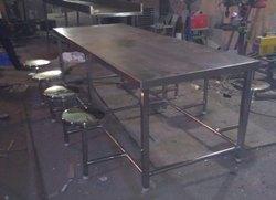 Stainless Steel Rectangular Ss Dining Table, For Canteen, Size: 90 X30 X29 Inches
