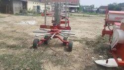 Red 30 Hp Hay Rake 4 Wheel