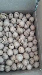 Kagzi kashmiri walnuts, Packaging Type: Plastic Box