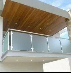 SS Glass Balcony Railing, Material Grade: SS302