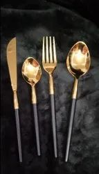 BnG cutlery set
