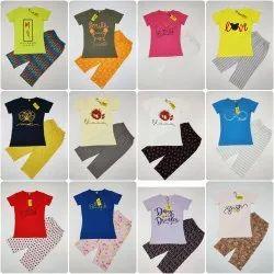 Women\'\'S  3/4 Capri Pyjama Set