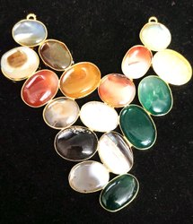 石黄铜镀金自然德鲁齐珠宝项链