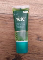 Herbal Green Vele Face Wash 15 ml MRP Rs 15, Gel