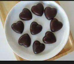 Homemade Dark Chocolate With Dry Fruits