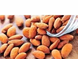 Almond dry fruit, Packet, Packaging Size: 25 kg