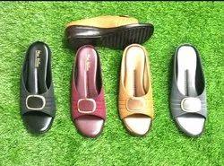 Ladies sandal, For Footwear, Size: 4*8