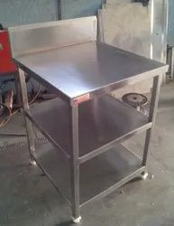 Ss Work Table With Undershelf
